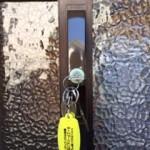 玄関の鍵が空回りする