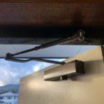 基山 ドアがバタンバタン閉まる 改善